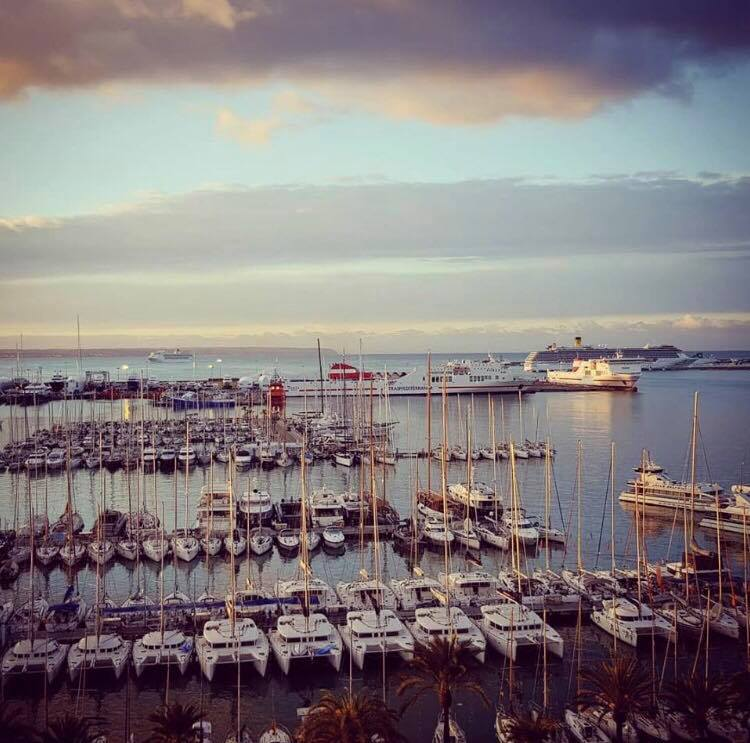 Härlig morgon i Palma de Mallorca